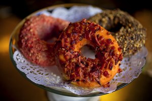 Bacon Donut Chcocolate maple LA Nickel Diner